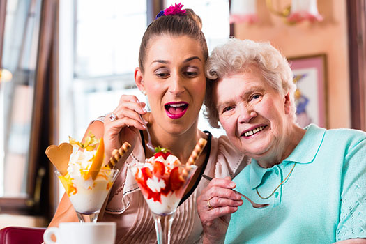 Home Health Care in Santa Monica CA: Make Your Own Sundae Day